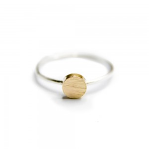 Restock Lisa ring at MONOQI by Opium Jewelry