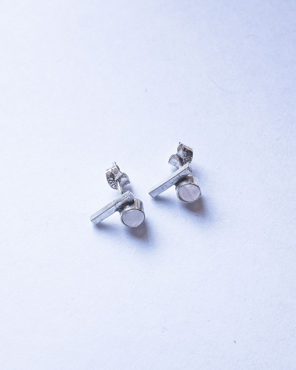 rose quarts-silver-stud